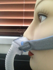 Resmed AirFit P10 nasal mask with headgear cushions CPAP Stand / Her Sleep New!!