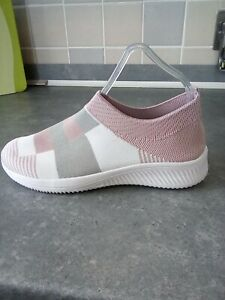 Ladies Fab Light Weight Trainers Size 4 Brand New