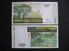 MADAGASCAR  2000 Ariary 2014  (P90 new)  UNC