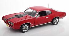 1:18 Ertl/Auto World Pontiac GTO Royal Bobcat 1968 red/black