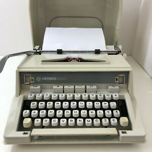 Vintage HERMES 3000 Portable Typewriter w/ Case Lithuanian Keyboard