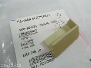 Hawker Beechcraft RPS125-90140-0001 STEP PAD LH