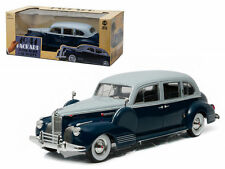 GREENLIGHT 1/18 1941 SILVER FRENCH AND BLUE PACKARD SUPER EIGHT ONE-EIGHTY Model