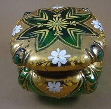 Deckeldose, grünes Glas mit Gold-und Emaillemalerei,  (237/3060)