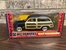 Motorworks 1:24 Collection 1949 FORD WOODY WAGON DieCast Metal 2003 NIB