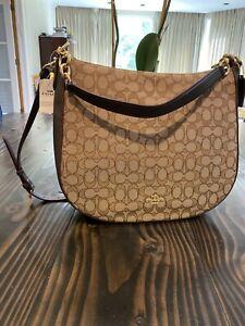 NEW Classic COACH Chelsea 32 Medium Hobo ziptop bag Khaki Brown Shoulder & Hand