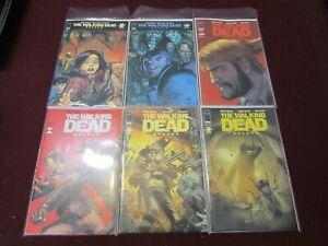 Walking Dead Dlx Comic Lot of 24 NM+ 9.4 1st Print!!!! *** Variants***