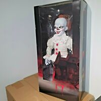 "MEZCO 2017 IT THE MOVIE PENNYWISE CLOWN ROTO PLUSH MDS DOLL FIGURE - 18"" / 46cm"