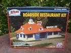 Model Railroad Building Kit (Roadside Restaurant) HO scale by Atlas #760 NIB