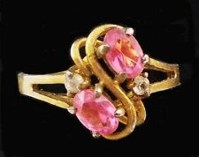 Vintage TWO ROSE CRYSTAL STONES in Gold Fashion Ring Size 9 T3