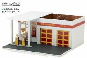 Greenlight 1/64 Mechanic's Corner Series 2 SHELL Gas Station Diorama 57021