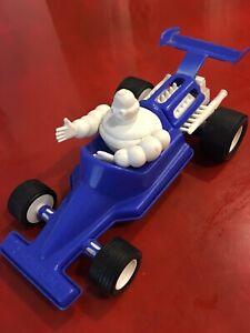 Jouet casse tête Voiture Bibendum Michelin