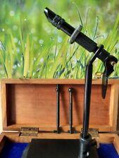 Fliegenbinden Werkzeug Bindestock 12