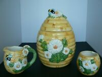 VINTAGE STYLE HONEYCOMB COOKIE JAR WITH MATCHING SUGAR AND CREAMER
