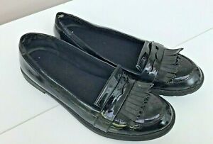 CLARKS Loafer Style Black Patent Shoes -  Size 8.5 (42.5) - Thames  Hospice