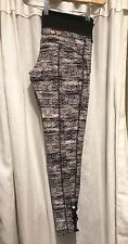"Element Eden ""Amy Purdy"" Black/White Snowflake Print Leggings, M"