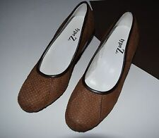 NWOB Type Z Fabulous Brown Genuine Leather Suede snake print heels Size 7.5 M