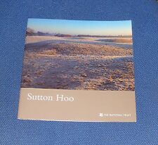 GUIDEBOOK: SUTTON HOO  32 PAGES 2002 THE NATIONAL TRUST