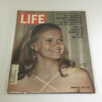 VTG Life Magazine: January 22 1971 - Tricia at Press Club/Elusive Howard Hughes