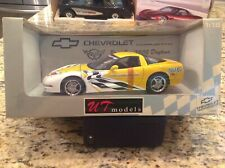 2000 UT Models 1:18th Scale Chevrolet Corvette Daytona Pace Car Yellow Coupe C5