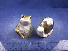 Cracker Barrel Mini Sanctuary Garden Frog and Snail Salt & Pepper Shakers CB10A
