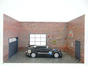 Auto Service Cars Display Diorama Model Kit of Brick Car Garage in Scale 1:24
