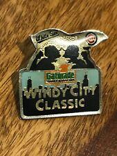 1989 vintage Chicago  White sox Cubs windy city classic (gatorade) pinback (1'')
