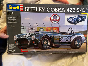 Revell Shelby Cobra 427 S/c Model Car Kit Spares Or Repairs Free Post (acc316)