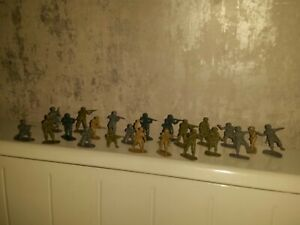 Vintage Toy Plastic Action Figures Rare mixed army troops millitary war battle
