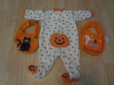 Infant/Baby Carter's 6 Mo Footies Pajamas PJs Little Pumpkin Halloween & 2 Bibs