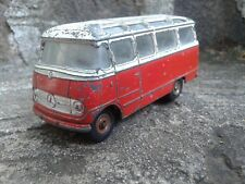 DINKY TOYS Car Mercedes - Benz , Mécano France