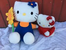 2 PELUCHES HELLO KITTY