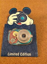 Disney DVC Pin Vacation Club 2015 Camera Olaf Frozen