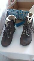 Clarks boys boots,size 7F,worn twice,leather, very good condition,with box,brown