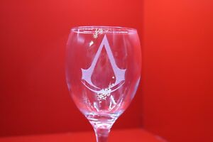 Laser Engraved Wine Glass Assassin's Creed Logo Computer Games Gaming
