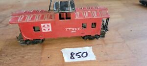 ATSF 7240 RED CABOOSE WITH BLACK ROOF, HO SCALE