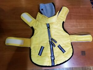 PetRageous Designs Hooded Water Repellant Pet Puffer Jacket Size SMALL
