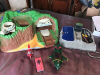 THUNDERBIRD TRACEY ISLAND VEHICLES AND EXTRAS FIGURES JOBLOT BUNDLE
