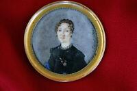 """Miniatur """"Zauber des Lächelns"""" 1820 Zweite Restauration Portrait signiert"""