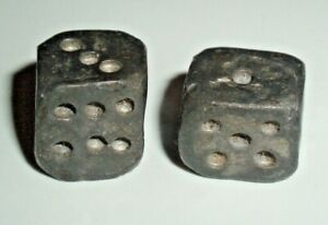 COLONIAL ERA ?? PRIMITIVE ANTIQUE LEAD OR PEWTER METAL DICE / GAME / TOY