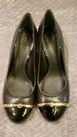 NEW! TORY BURCH Pacey Black Leather Wedge Heels Gold band Logo Size US 11