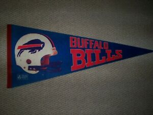 BUFFALO BILLS PENNANT in excellellent cond.