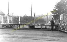 Saxmundham Railway Station Photo. Wickham Market to Darsham and Aldeburgh. (2)