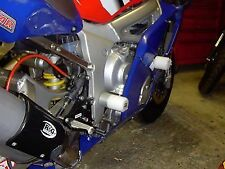 R&G RACING Crash Protector - Yamaha YZF-R6 1999-2002  **WHITE**