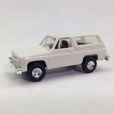 HO 1/87 Trident # 90001 Chevrolet Full Size Blazer 4 x 4 SUV - Black