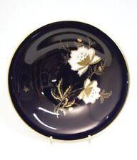 Porzellan-Schalen mit Goldranden