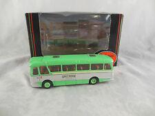 EFE 11903 Harrington Cavalier Gris Verde autobuses RUTA 4 Clacton Escala 1:76 /
