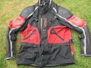 MEN'S DAINESE SIZE 54 BLACK & RED TEXTILE WATERPROOF NYLON MOTORCYCLE JACKET
