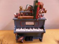 Spieluhr, Spieldose Klavier mit Spielzeug (67)