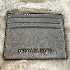 NWT MICHAEL KORS SAFFIANO LEATHER JET SET TRAVEL LARGE CARD HOLDER IN PEARL GREY